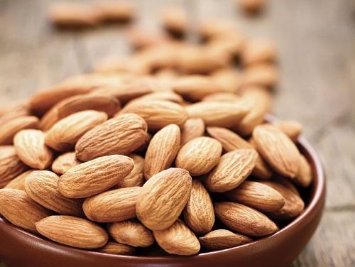 ăn hạt hạnh nhân có tốt không