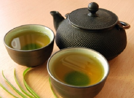 giảm cân bằng nước trà xanh