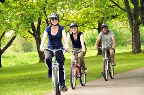 đạp xe giả mỡ bụng