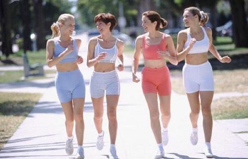Một vài lưu ý khi đi bộ giảm mỡ bụng tại nhà