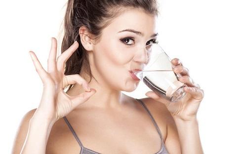 giảm cân với nước lọc