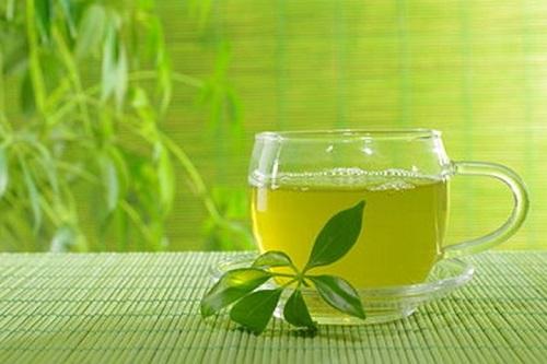 giảm mỡ hông bằng trà xanh