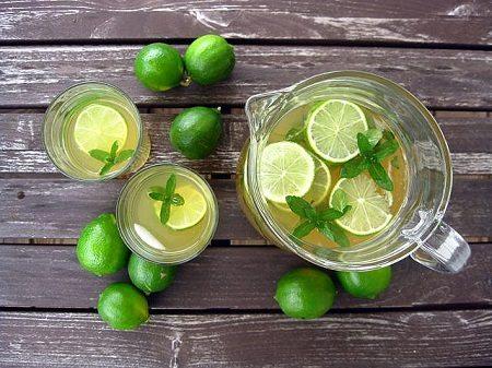 giảm mỡ bụng bằng lá trà xanh