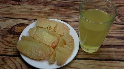 uống nước bưởi giảm cân
